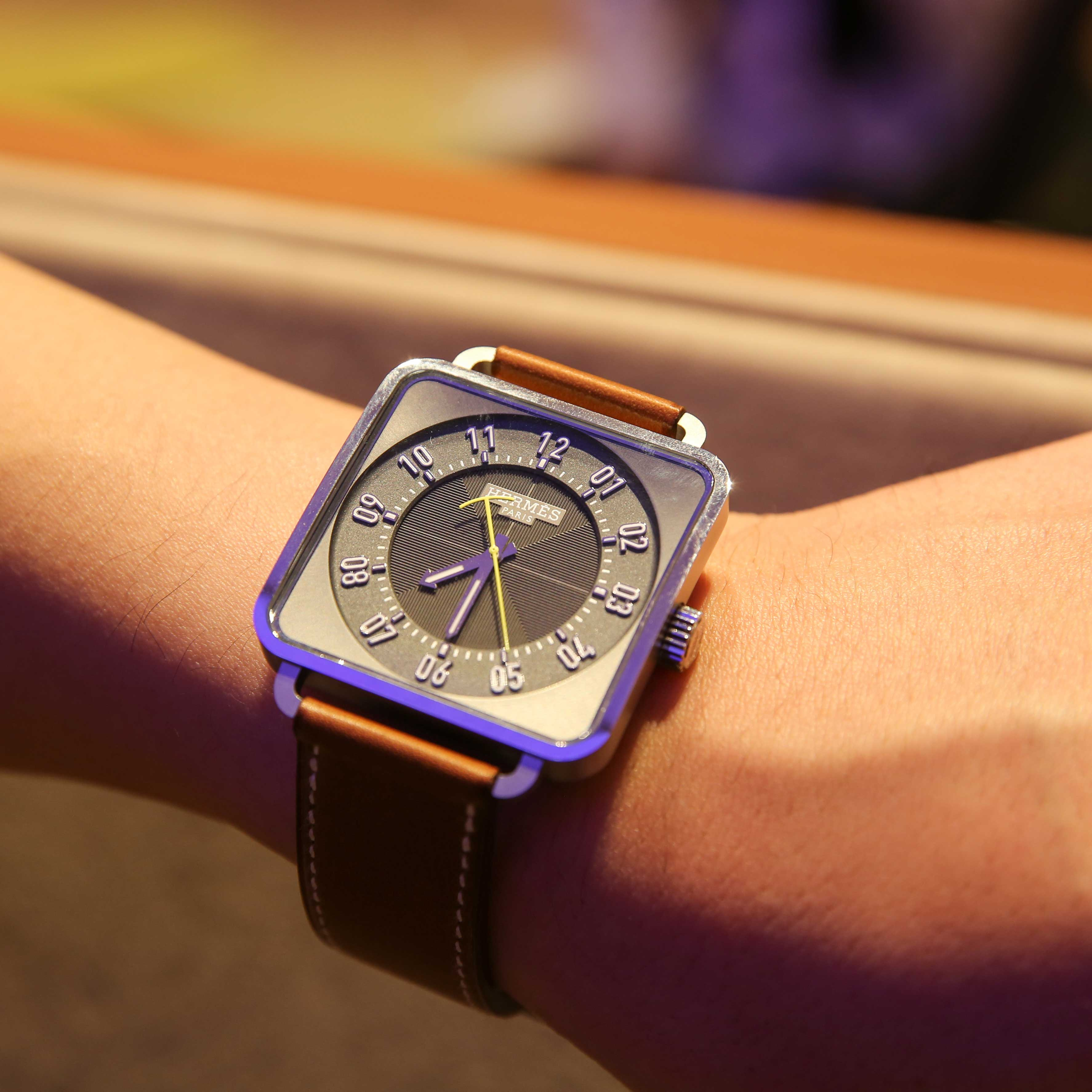 爱马仕方形腕表
