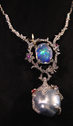 欧泊与珍珠